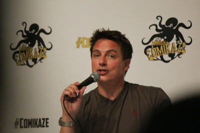 John Barrowman speaking at during one of his panels at Stan Lee\'s Comikaze 2014