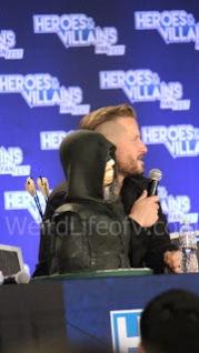 Stephen Amell\'s Green Arrow in cake form - Heroes and Villains Fan Fest San Jose 2015