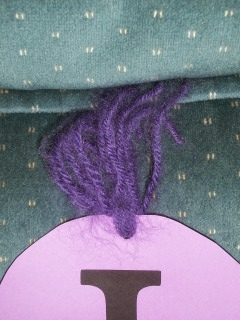 brush out yarn to make it stand up