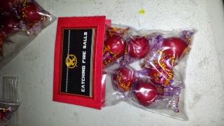 Catching Fire Balls (Fire ball candies) favors