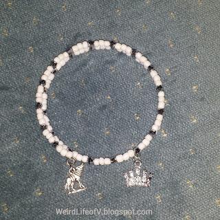DIY: Game of Thrones - House of Stark inspired beaded memory wire bracelet