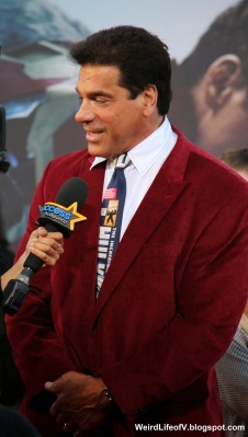 Lou Ferrigno being interviewed by Access Hollywood