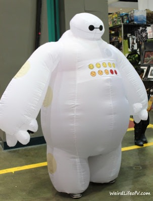 Baymax cosplay