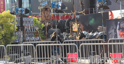 Warriors and weapons on display on the red carpet