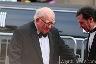 Ed Asner on the red carpet