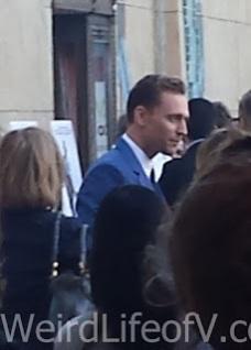 Tom Hiddleston being interviewed
