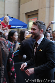 Chris Hardwick walking towards the Dolby Theatre