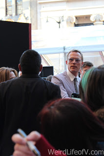 Paul Bettany signing autographs