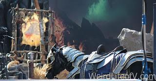 A riderless horse statue